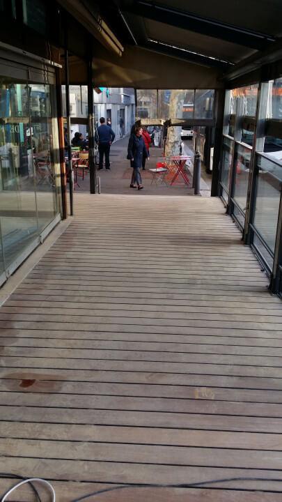 Rénovation d'un parquet..au massena  café..a Marseille