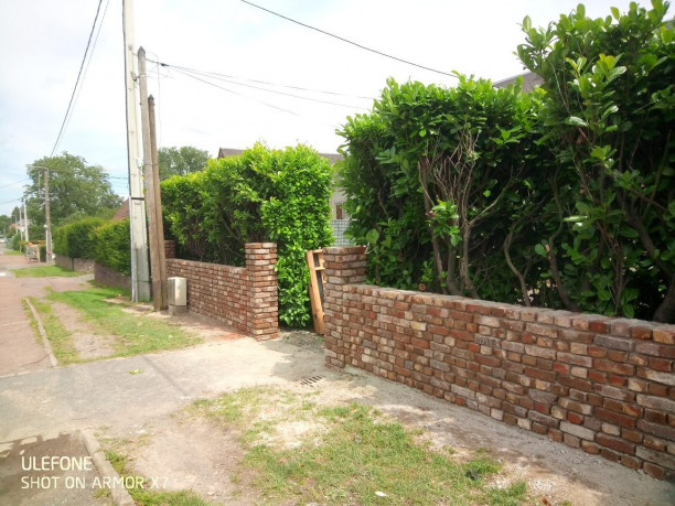 Muret brique ENGLEFONTAINE