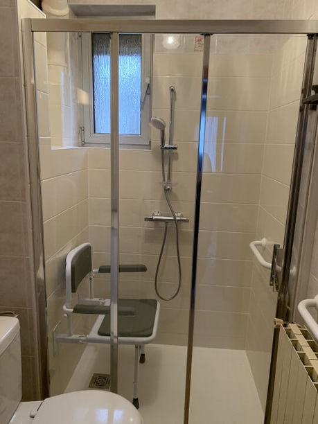 rénovation salle de bain PMR à Dieulouard