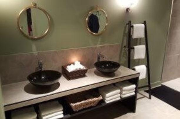 Fabrication d'un meuble double vasque pour salle de bain à Paris Paris